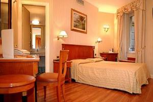 Rom på Hotel Gambrinus